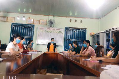 Trường Mẫu giáo Bình Minh tổ chức Bồi dưỡng chính trị hè cho giáo viên, nhân viên năm 2020